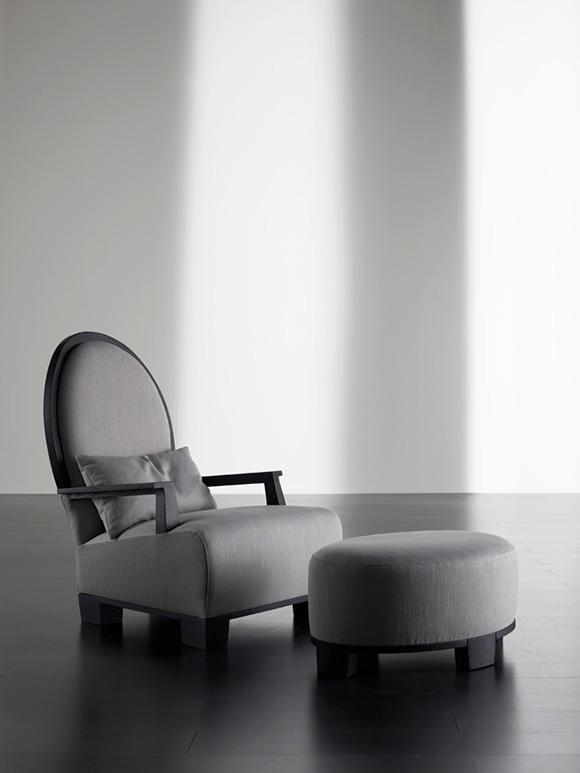 Berżery - wygodne fotele zgłębokim siedziskiem