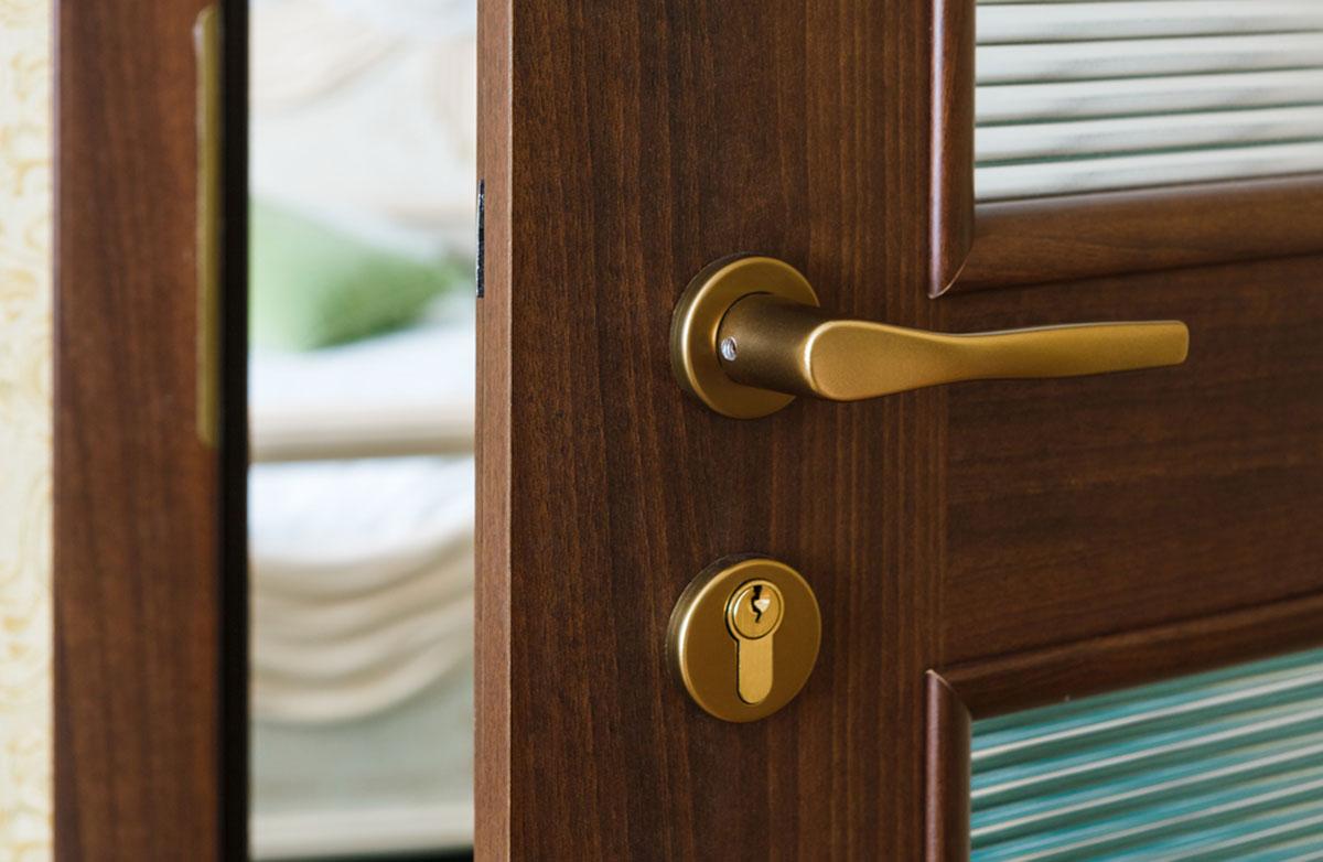 Pasywne drzwi dodomu. Jak je wybrać?